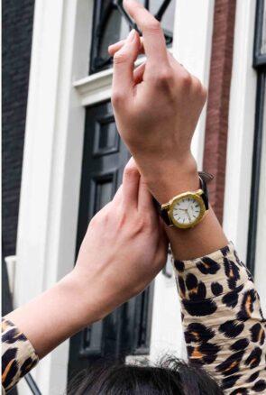 IKKI Horloge & Zonnebrillen
